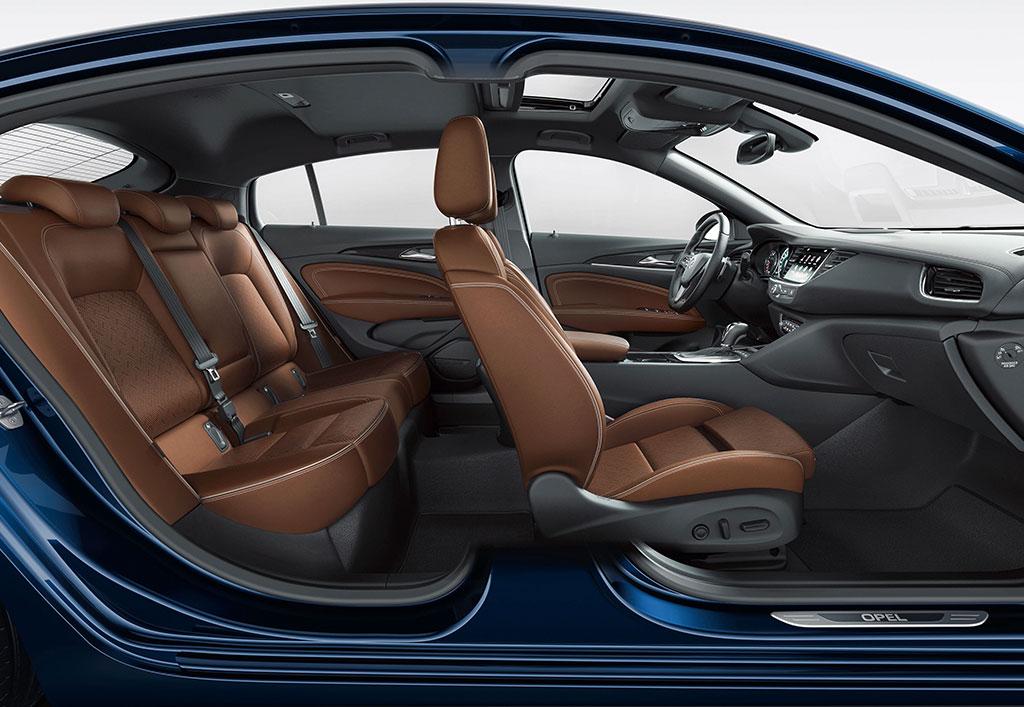 Opel Insignia coupé interiør